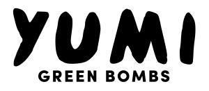 Logo-tagline-yumi-noir (1)
